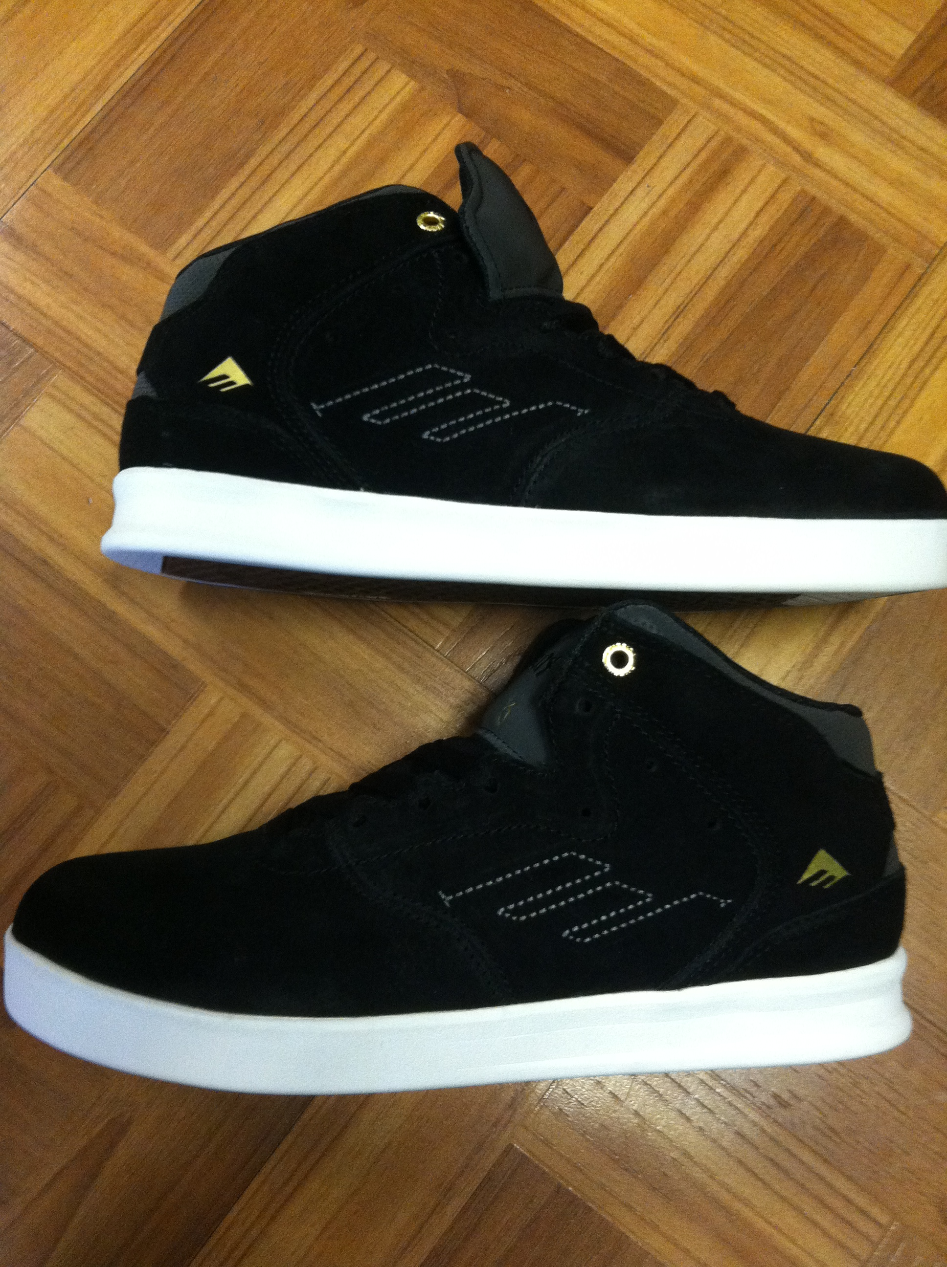 a22a8f178f1 Just Got In The New Emerica Andrew Reynolds 3 Mid Top In Black White ...