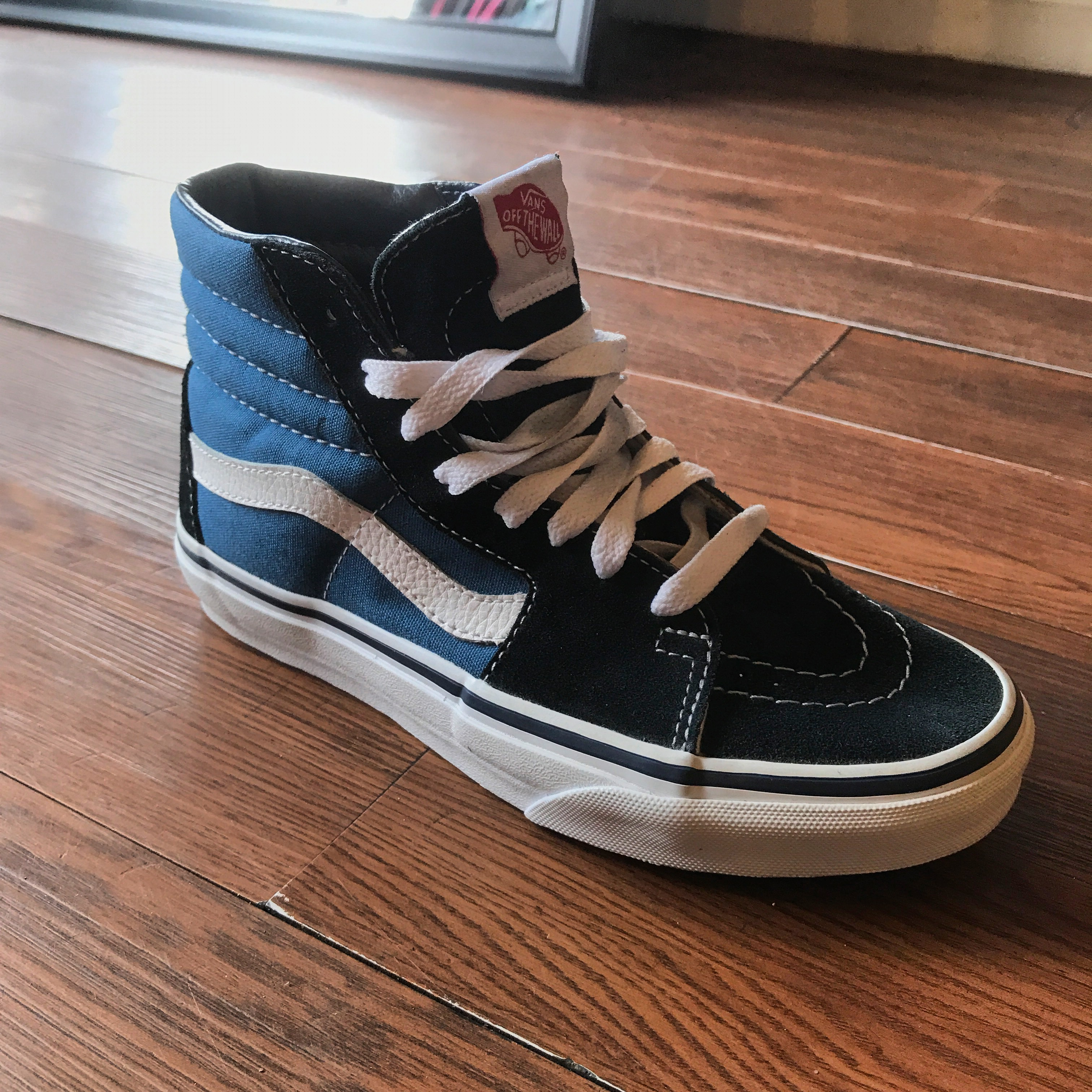 099dc868e74746 Vans Classic Sk8 Hi In Navy Just Came In At Both Shop Locations. vú ...