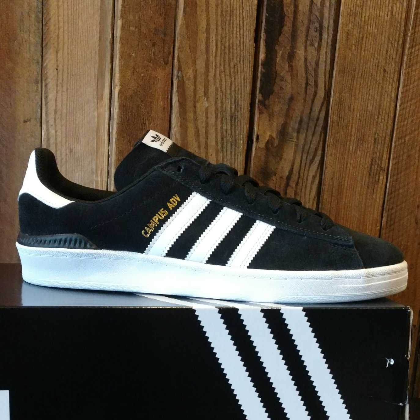 1a431d86e3be36 Adidas Brought Back Their Classic Campus Vulc Avialble In Black White Suede.